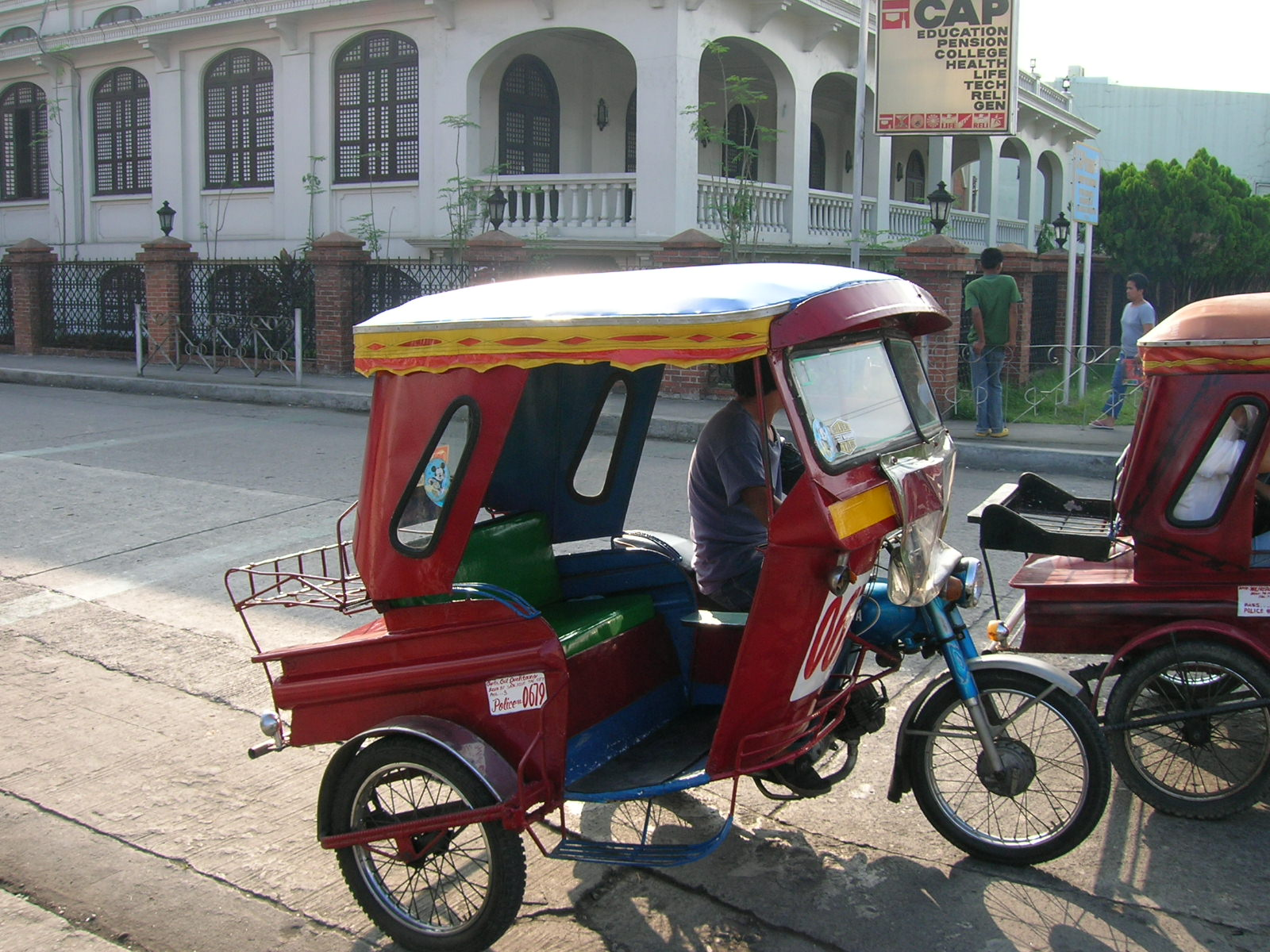 Tricycle_in_Tacloban