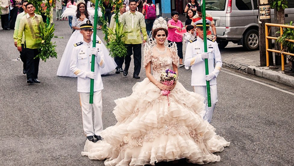 flores-de-mayo.jpg (600×338) | Filipiniana Gowns and other ...