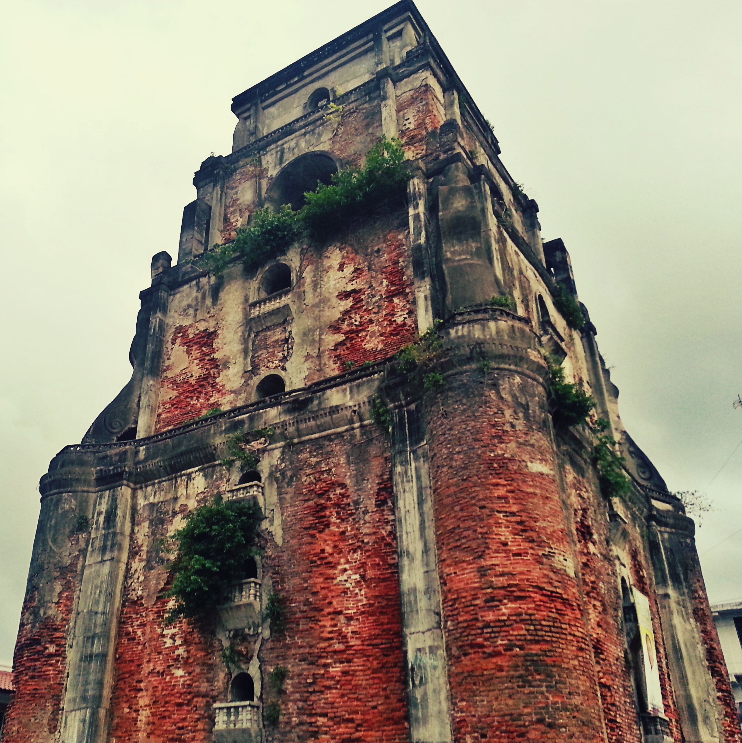 that-onimous-sinking-bell-tower-ilocos