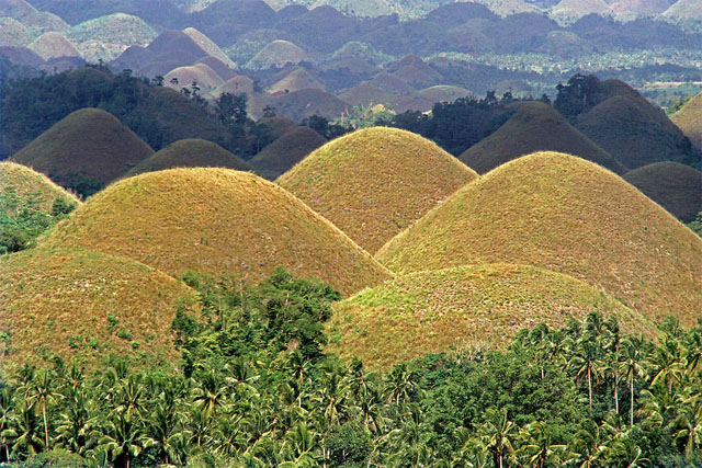 chocolate-hills-featured-image