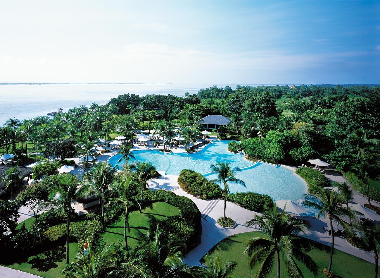 MAC-Bg-Outdoor-Swimming-Pool