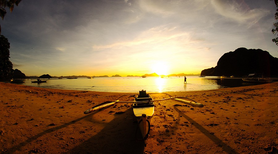 corong-lascabanas-calaan-bay-sunset-watching-philippines-travel-tips-1