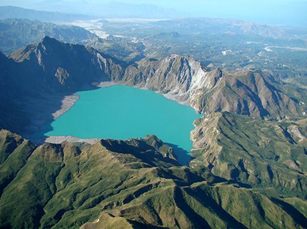 mount-pinatubo-zambales