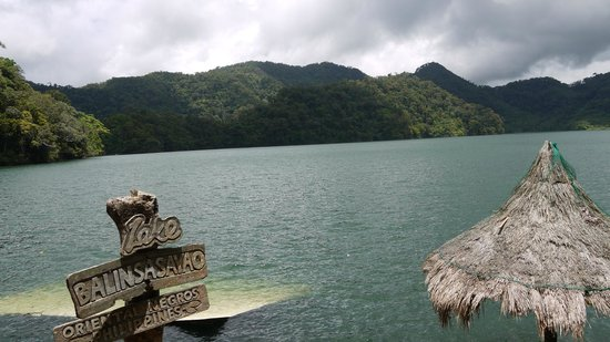 twin-lakes-of-balinsasayao-1